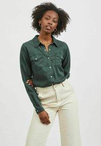 Vila - Button-down blouse - darkest spruce - 0
