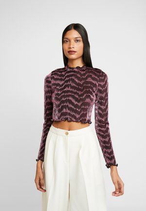 LOLA SKYE HIGH NECK CUT OUT BACK - Top s dlouhým rukávem - pink