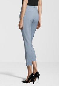 Fiveunits - HOSE ANGELIE ZIP - Trousers - light blue - 2