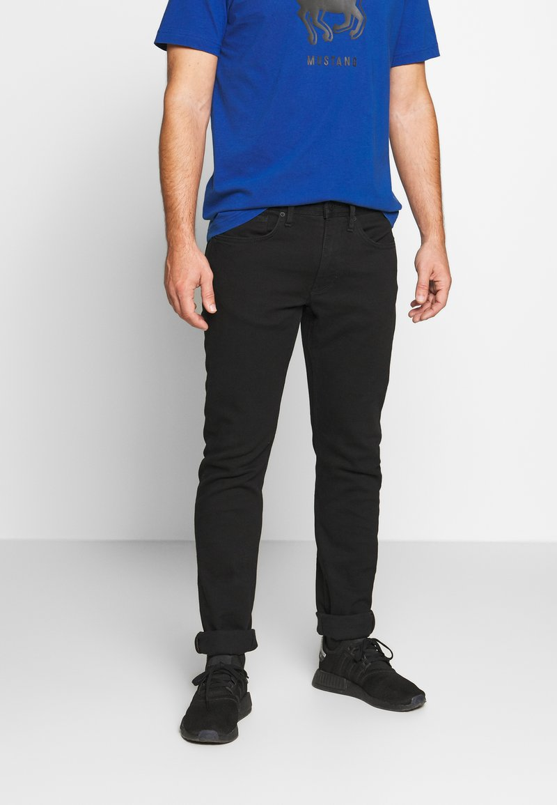 s.Oliver - Slim fit jeans - black denim