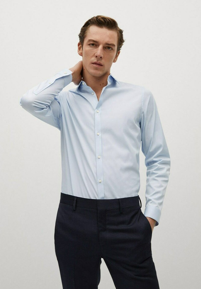 Mango - SUPER SLIM-FIT - Formal shirt - bleu ciel