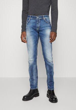 PANTALONE BRADY - Slim fit jeans - light blue