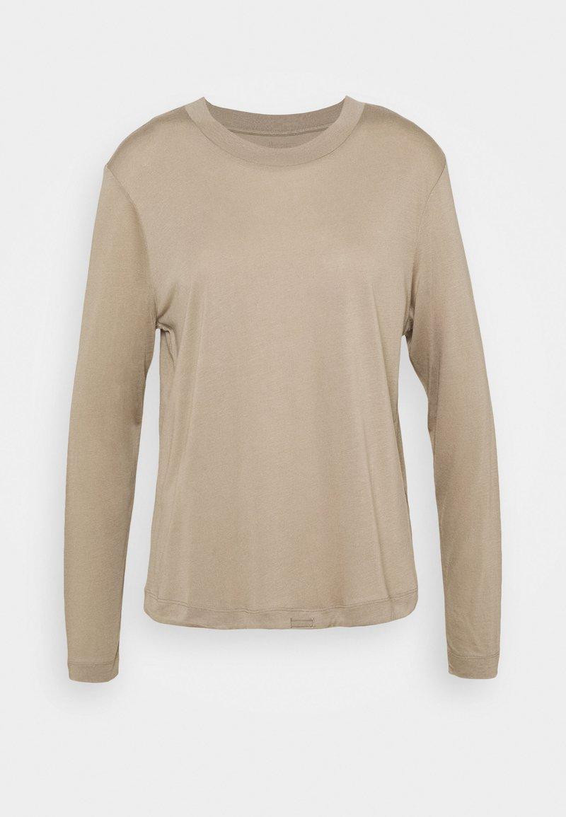 Casall - EASE CREW NECK - Topper langermet - comfort grey