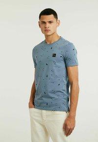 CHASIN' - LEO - Print T-shirt - blue - 0