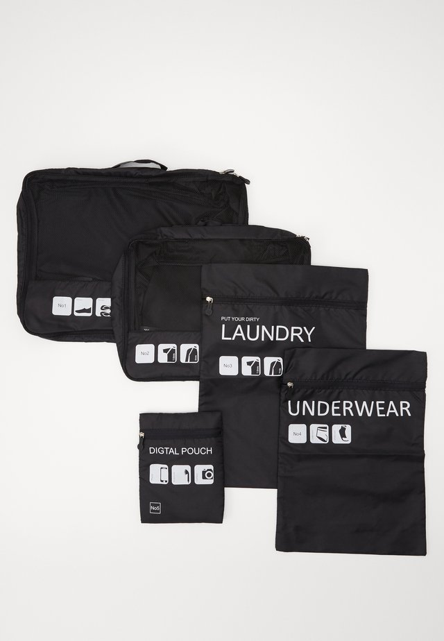 TRAVELLER LAUNDRY SET - Wash bag - black