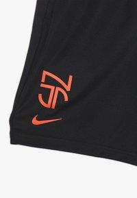 Nike Performance - NEYMAR DRY SHORT - Krótkie spodenki sportowe - black/bright crimson - 3