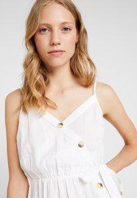 Dorothy Perkins - PLAIN TIE CAMI DRESS - Košilové šaty - white - 3
