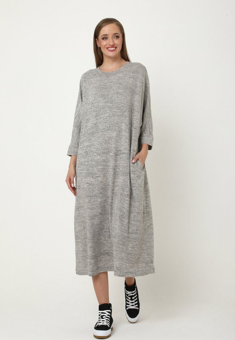 Madam-T - Jumper dress - grau
