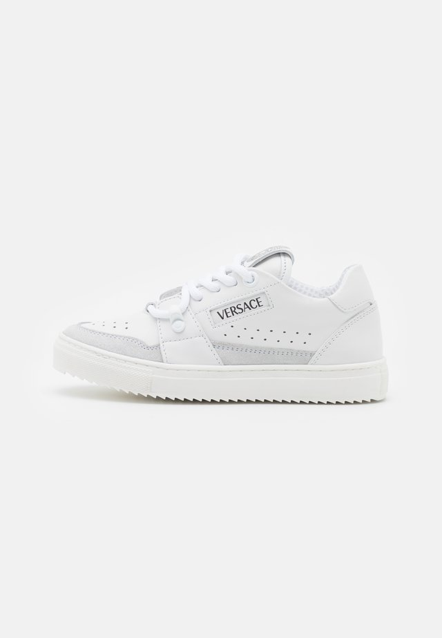 UNISEX - Sneaker low - white