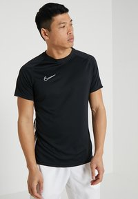 Nike Performance - DRY ACADEMY - T-shirt med print - black/white - 0