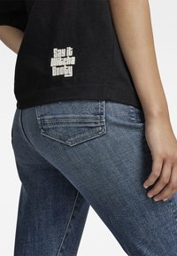 G-Star - FLOCK BOXY R T UNISEX  - Print T-shirt - dry jersey o dk black - 4