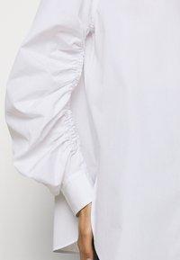 3.1 Phillip Lim - GATHERED - Košile - white - 5