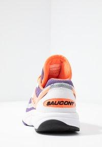 Saucony - AYA - Tenisky - white/purple/orange - 5