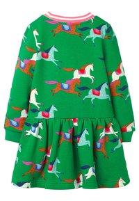 Boden - MIT MUSTER - Day dress - schottengrün, pferde - 1