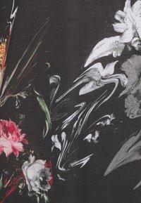 Criminal Damage - WARPED FLOWER TEE - Print T-shirt - black/multi coloured - 2