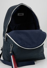 Tommy Jeans - LOGO TAPE RIPSTOP BACKPACK - Plecak - blue - 4