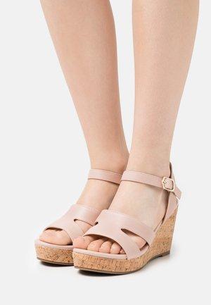 Sandales à plateforme - light pink