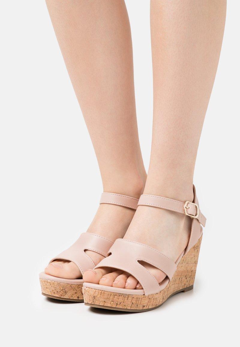 Anna Field Wide Fit - Sandalen met plateauzool - light pink