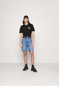 Diesel - JUST LAB UNISEX - Print T-shirt - black - 1
