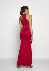 WAL G. - HALTER NECK MAXI DRESS - Iltapuku - red - 3