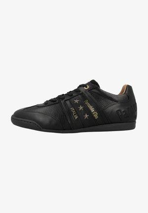 IMOLA  - Sznurowane obuwie sportowe - triple black