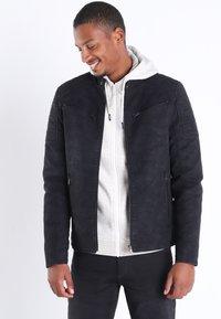 BONOBO Jeans - Veste en similicuir - black - 0
