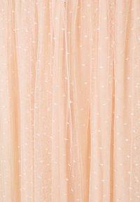 Needle & Thread - HONEYCOMB SMOCKED BALLERINA SKIRT EXCLUSIVE - Áčková sukně - apricot - 2