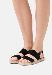 JUTELAUNE - STRIPE  - Sandals - black - 0