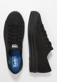 Keds - TRIPLE KICK - Sneakersy niskie - black - 3