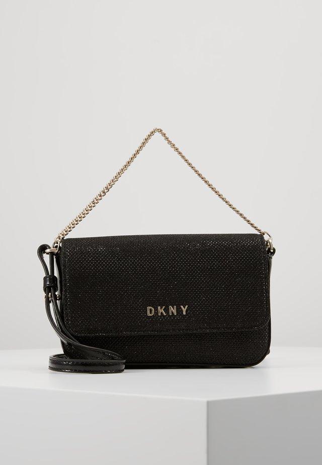 ITEM DEMI FLAP CROSSBODY GLITTER - Across body bag - black/gold