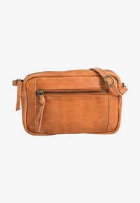 Gusti Leder - Across body bag - cognac - 0