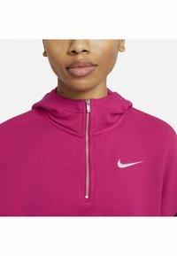 Nike Sportswear - HOODIE - Felpa - fireberry/black/(white) - 4