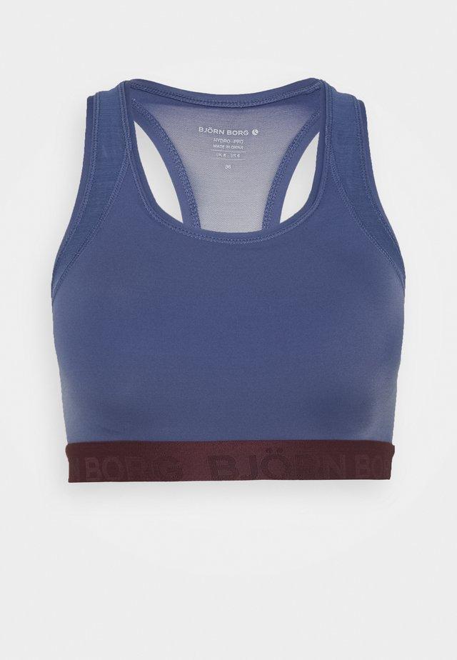 SEASONAL SOLID SKY MEDIUM TOP - Sports bra - crown blue