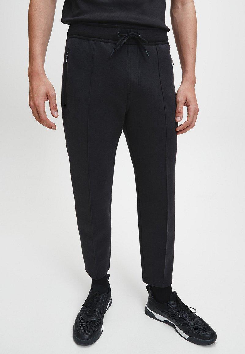 Calvin Klein - Pantaloni sportivi - ck black