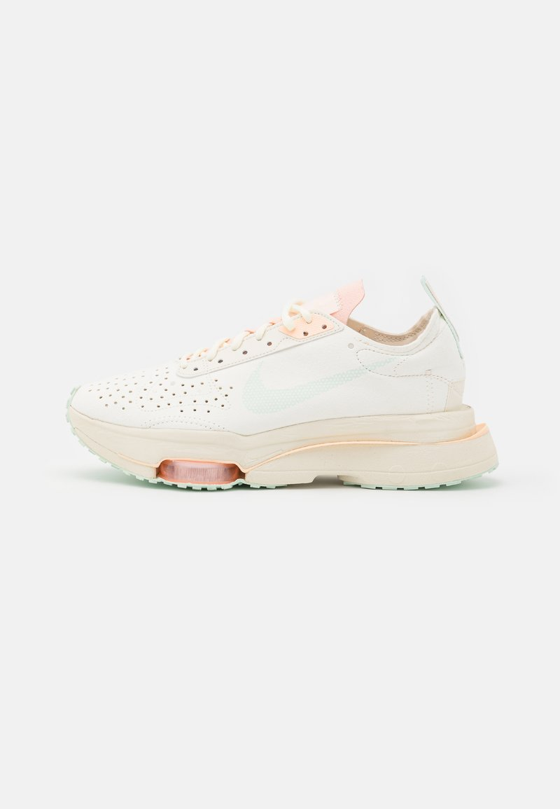 Nike Sportswear - ZOOM TYPE - Trainers - pale ivory/barely green/crimson tint/white