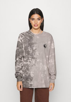 TIE DYE SKATE TEE - Long sleeved top - grey