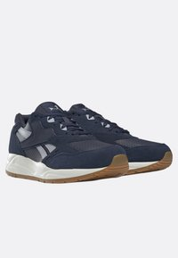 Reebok Classic - BOLTON ESSENTIAL - Trainers - heritage navy - 1