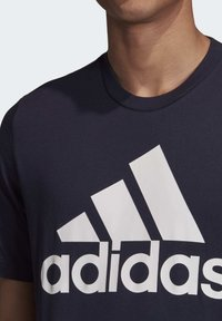 adidas Performance - MUST HAVES BADGE OF SPORT T-SHIRT - Print T-shirt - blue - 4