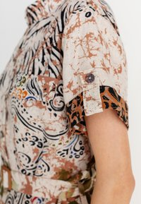 Ivko - PRINTED SAFARI - Day dress - white coffee - 4