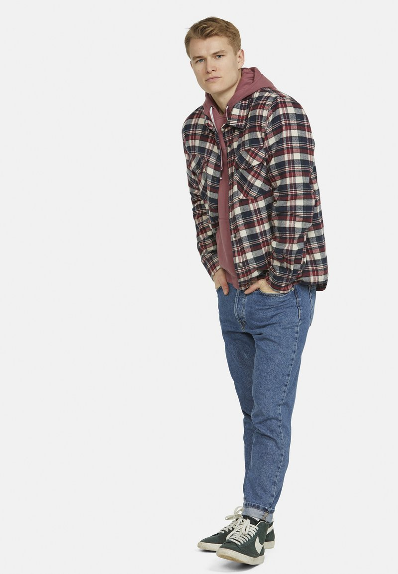 Colours & Sons - Light jacket - rot