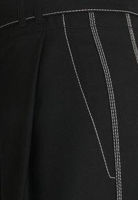 Proenza Schouler White Label - STRETCH SUITING TIE WAIST PANTS - Kalhoty - black - 2