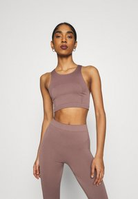 Weekday - CILLI SEAMLESS  - Débardeur - brown plum - 0