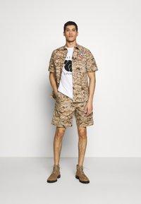 Tonsure - KIDD - Camisa - desert camo - 1