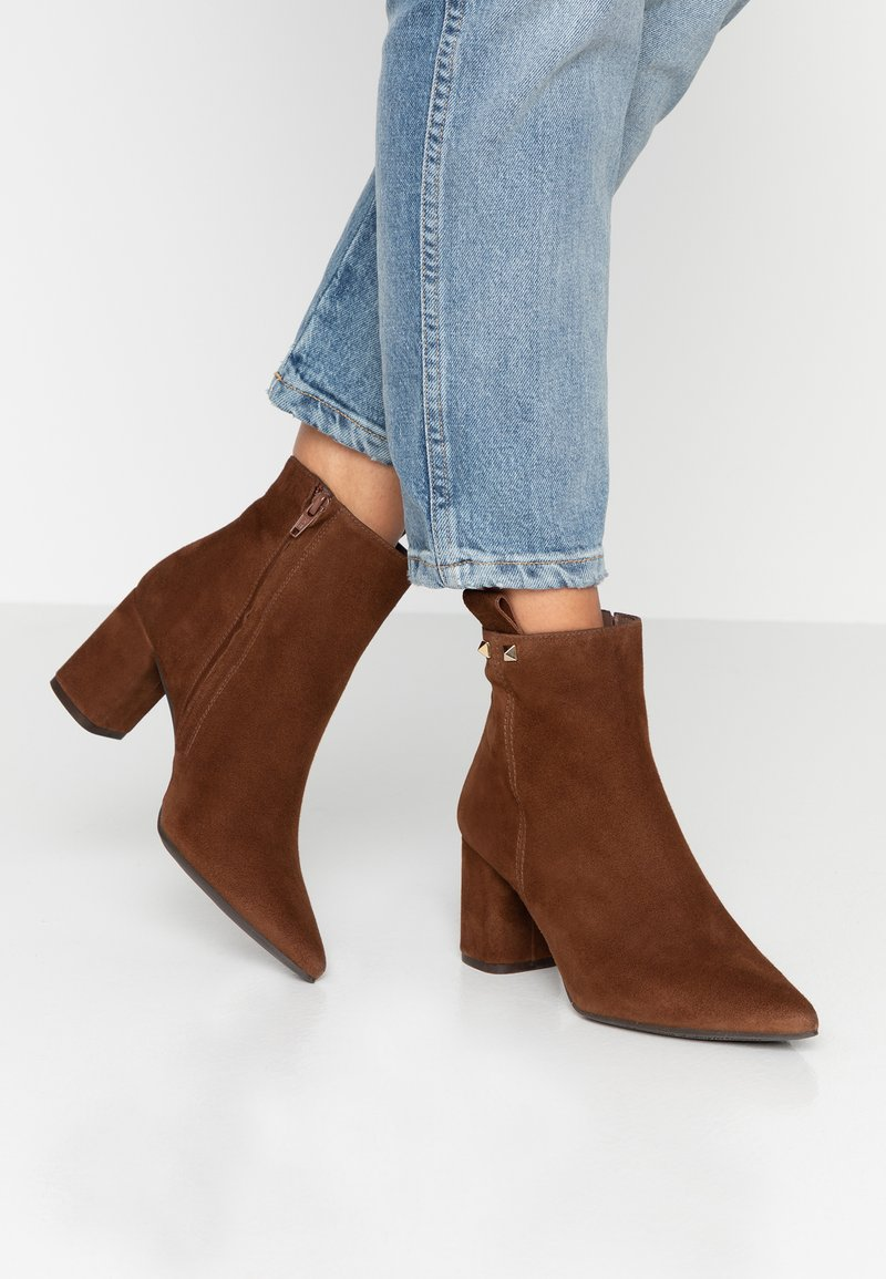 Pedro Miralles - Ankle boots - castano