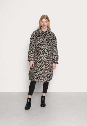 NELIMA - Classic coat - beige