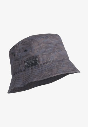 Hat - black nathan camo