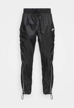 TRACK PANT - Teplákové kalhoty - black/summit white