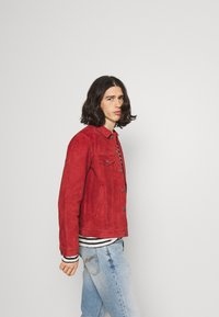 Nudie Jeans - ROBBY - Leichte Jacke - poppy red - 3