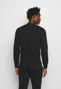 Champion - LEGACY CREWNECK - Sweatshirt - black - 2