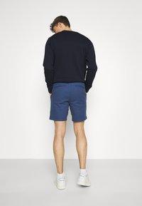Selected Homme - SLHSTORM FLEX  - Shorts - federal blue/mix navy blazer - 2